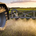 Challenger RoGator RG655 - low ground pressure, wide Michelin Zeobib tyres